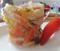 NEU! Jobi- Fischsulz:   Wurzelgemüse und Paprikastreifen harmonieren im Fischsulz mit der geräuchert